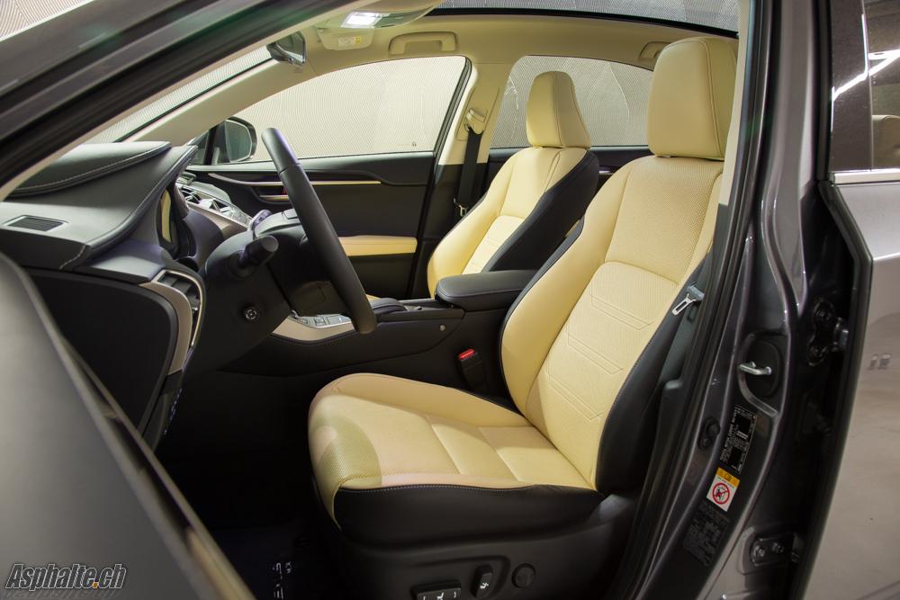 Essai Lexus NX300h intérieur