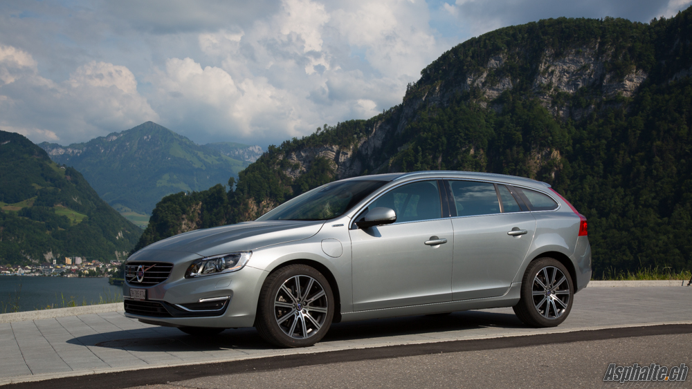 slideshow essai volvo v60 d6 twinengine plug in hybrid. Black Bedroom Furniture Sets. Home Design Ideas