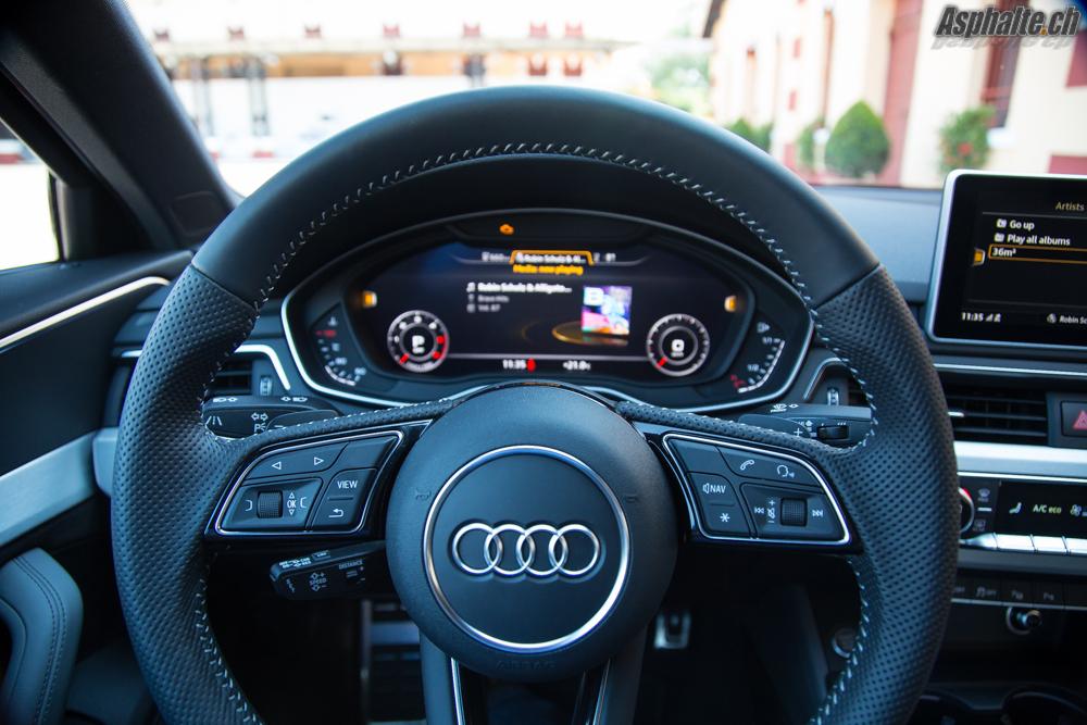 Essai audi a4 b9 le silence des anneaux for Audi a4 interieur