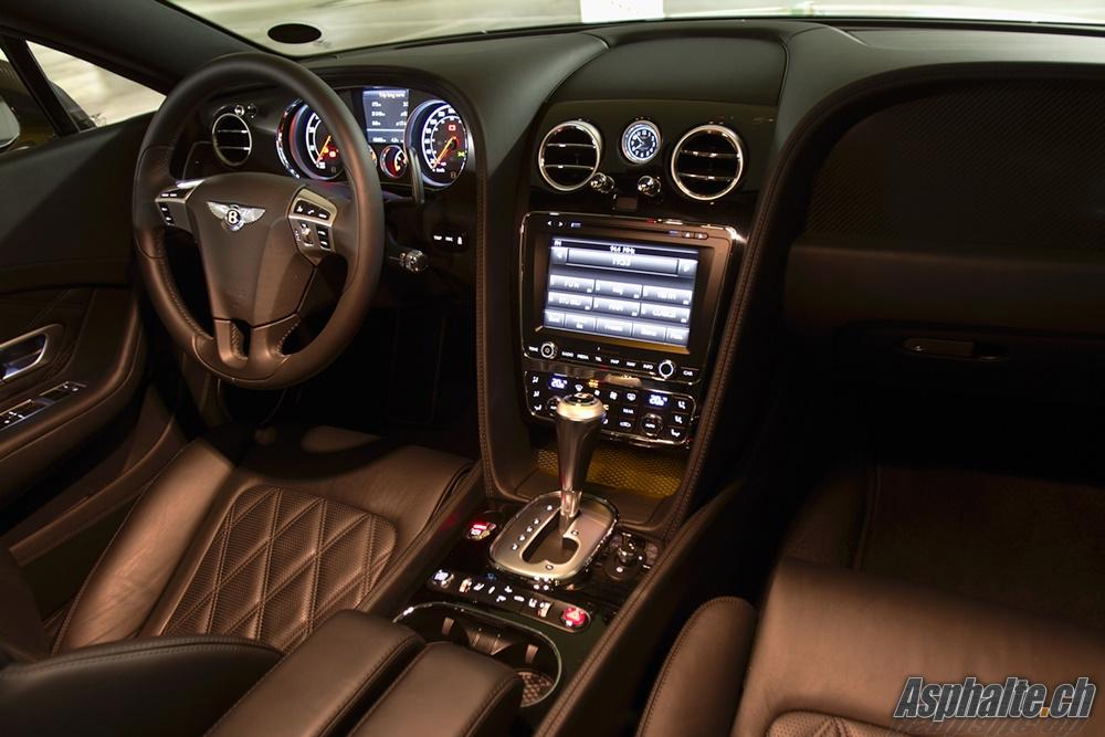 Bentley Continental Gt Speed Yellow Intérieur