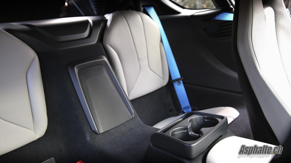 BMW i8 intérieur