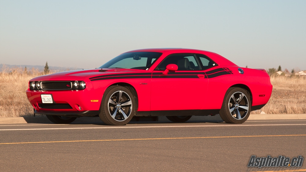 dodge-challenger-rt-03