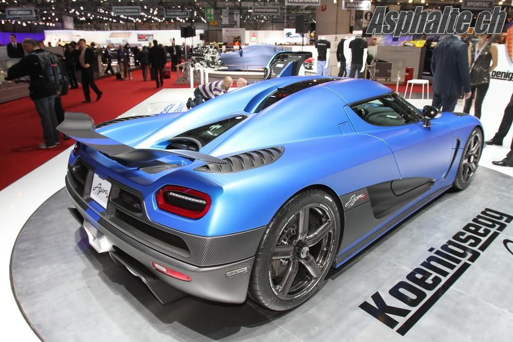 koenigsegg-agera-r-blue-8