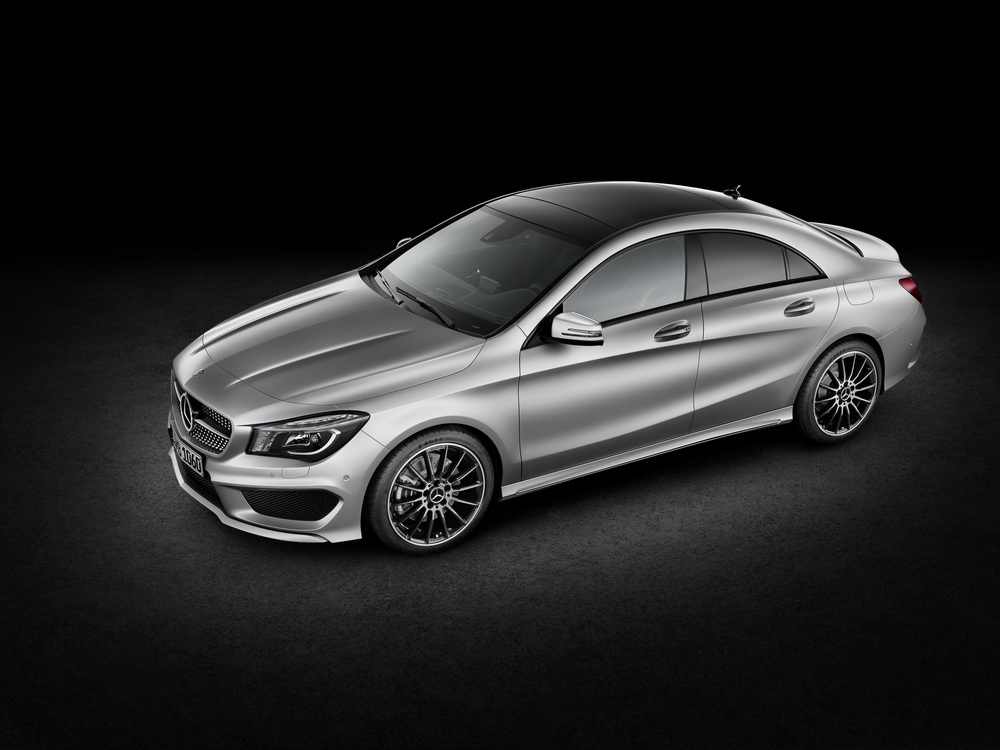 Detroit 2013 mercedes cla auto news for Mercedes benz cla 350