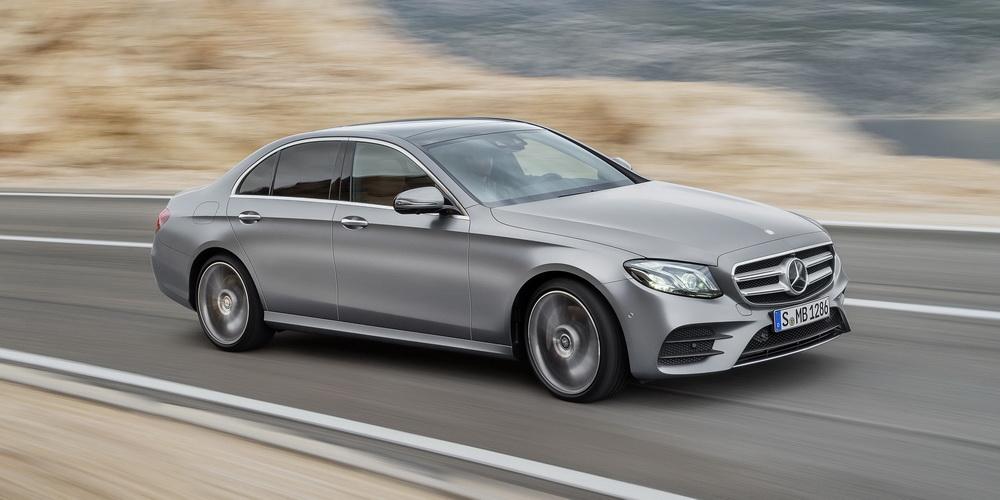 Mercedes classe e w213 un air de famille for Mercedes benz b9 service