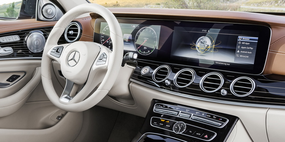 Mercedes classe e w213 un air de famille for Interieur mercedes classe a
