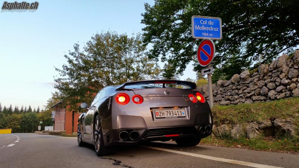 Essai Nissan Gt R 2014 Asphalte Ch