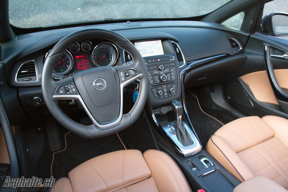 Opel Cascada Cosmo - Intérieur