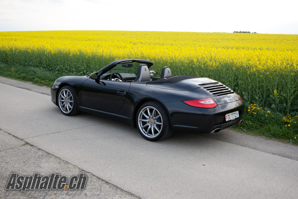2010 Porsche 911 Black Edition photo - 1