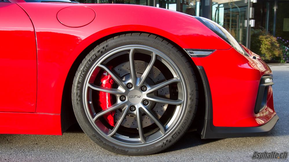 Essai Porsche Cayman GT4 - roue et freins avant