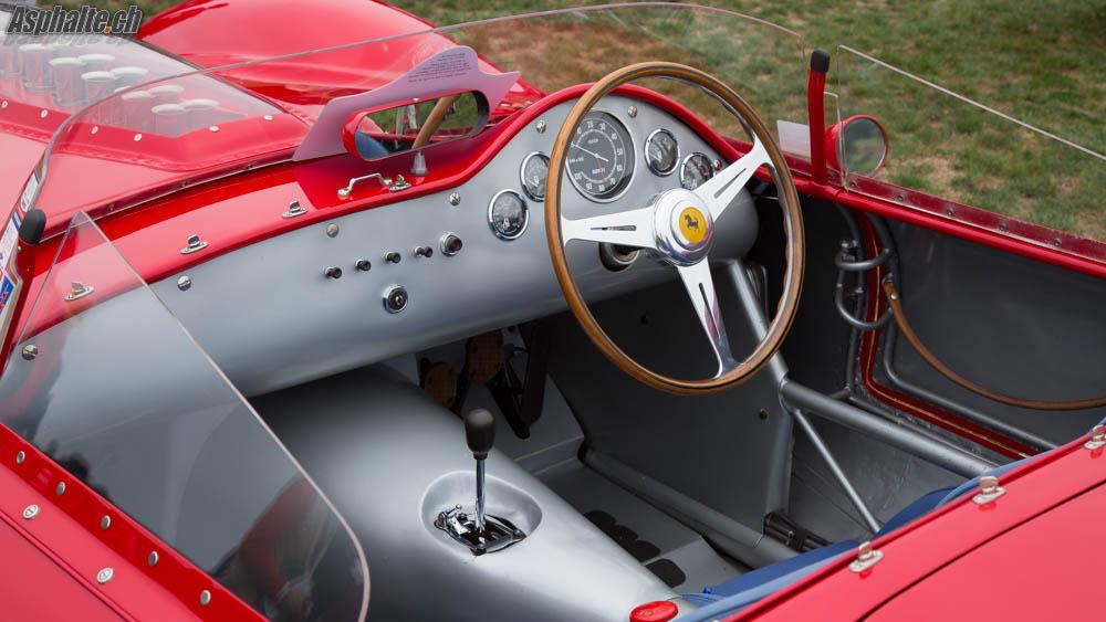 Pebble Beach 2014 20 Ferrari 250 Testa Rossa Sur Le Green
