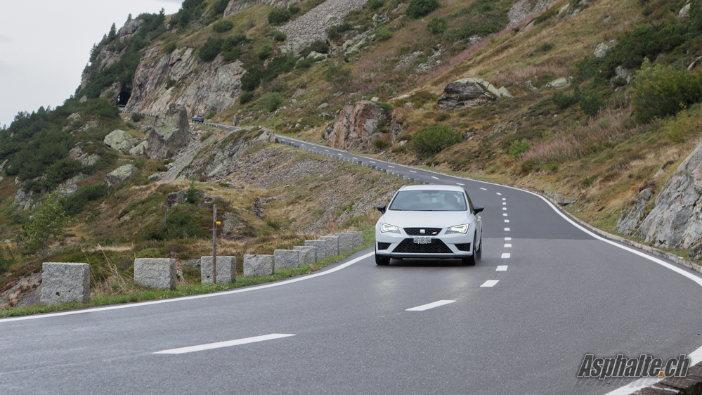 Seat Leon Cupra 280 ST test