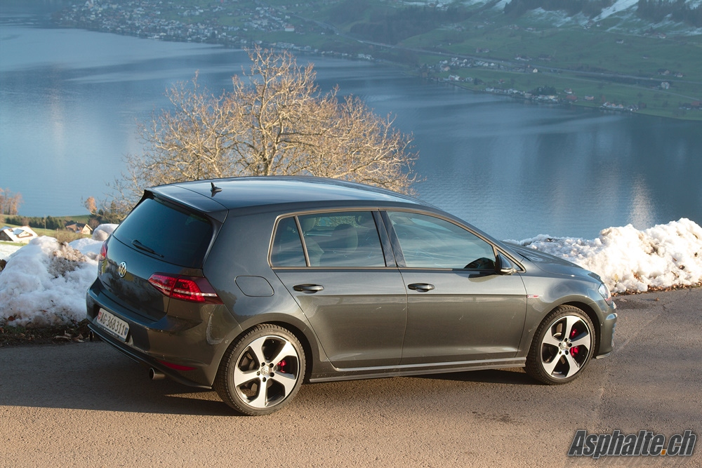 essai vw golf vii gti performance page 4. Black Bedroom Furniture Sets. Home Design Ideas