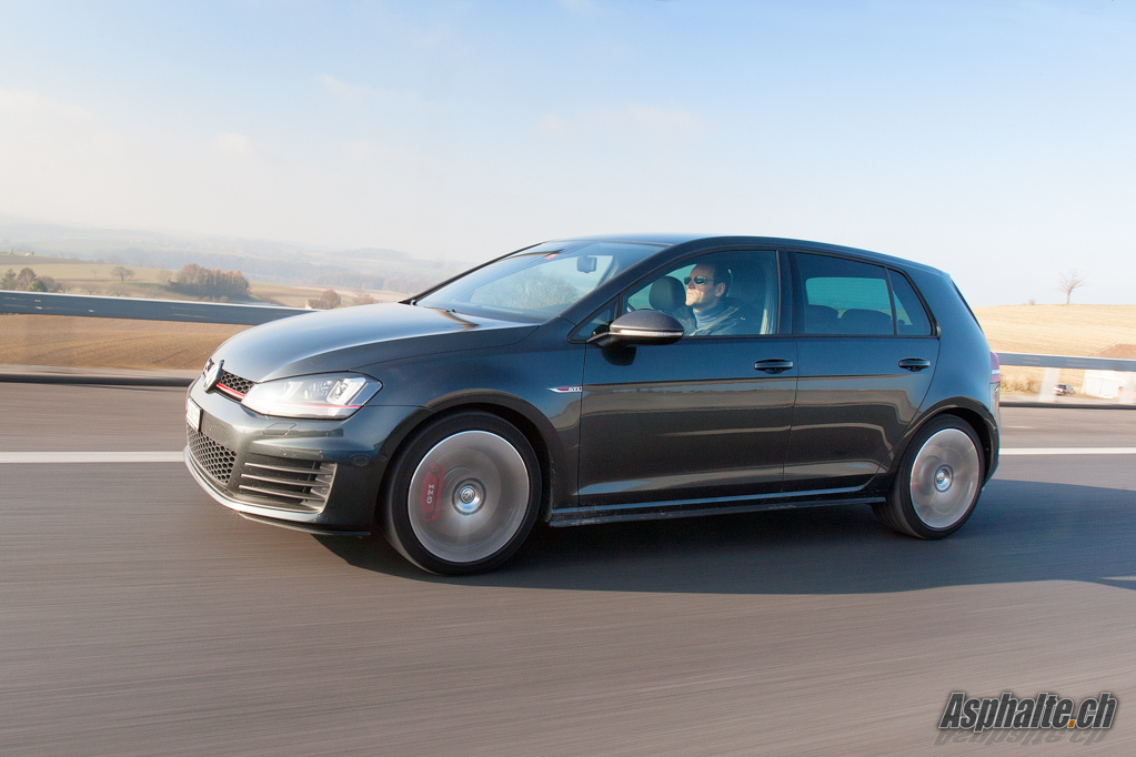 volkswagen golf 7 gti performance 2013 essai. Black Bedroom Furniture Sets. Home Design Ideas