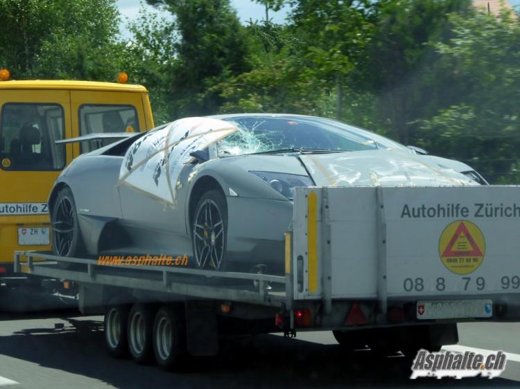Lamborghini LP670 SV accidentée