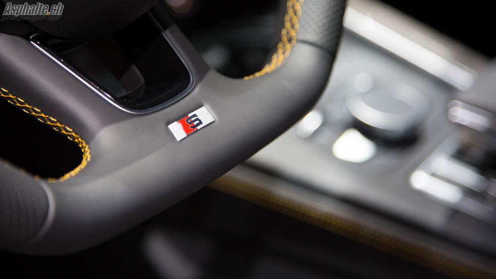 Audi S4 Avant B9 intérieur