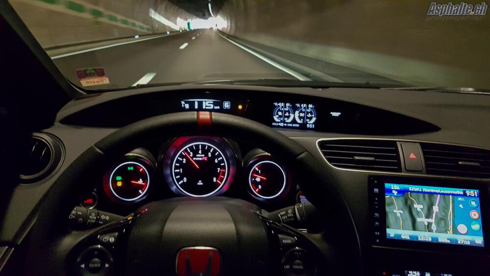 Essai Honda Civic Type R: compteurs