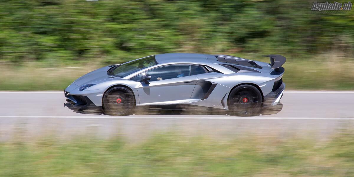 Essai Lamborghini Aventador SV Grigio Artis