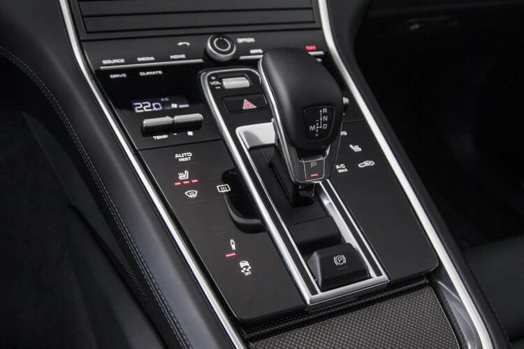 Porsche Panamera Turbo 2016 Console Centrale