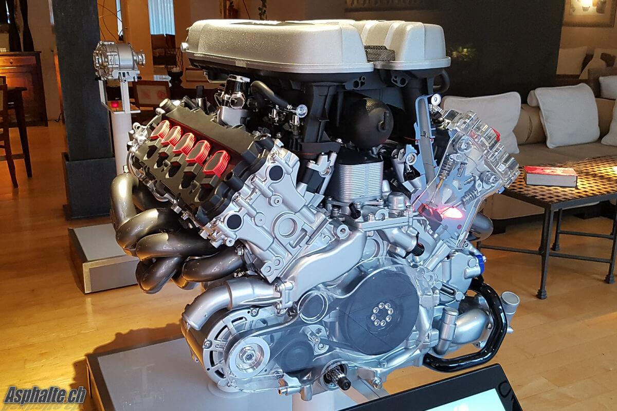 Essai Audi R8 V10 Spyder Moteur 5.2 FSI