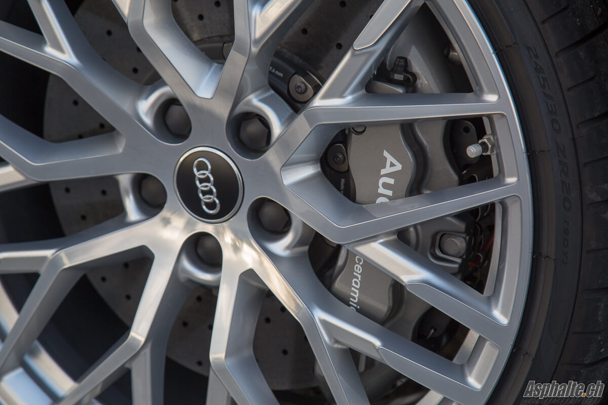 Essai Audi R8 V10 Spyder Jante 20