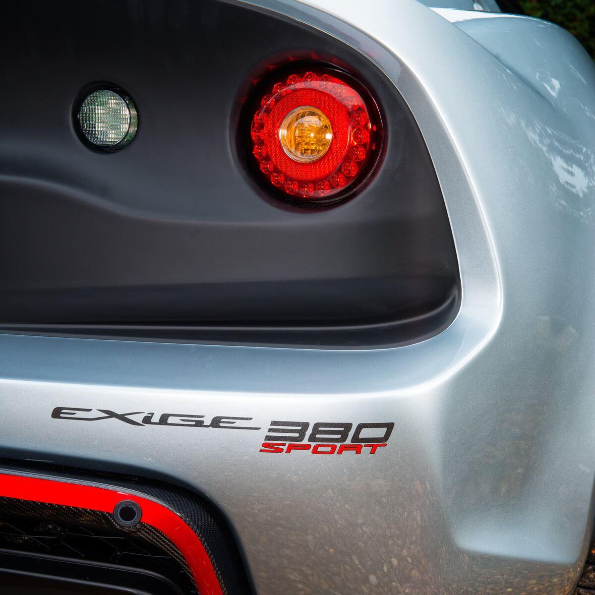 Lotus Exige Sport 380 logo arrière