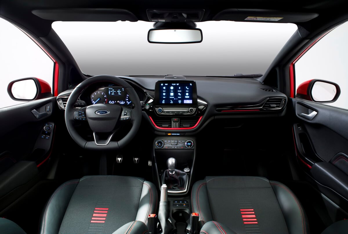 Ford Fiesta 2017 ST Line intérieur tableau de bord