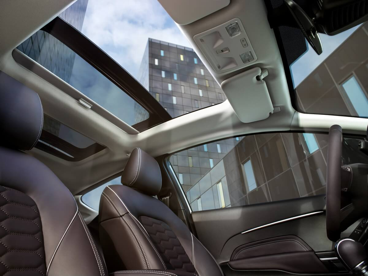 Ford Fiesta 2017 Vignale toit panoramique