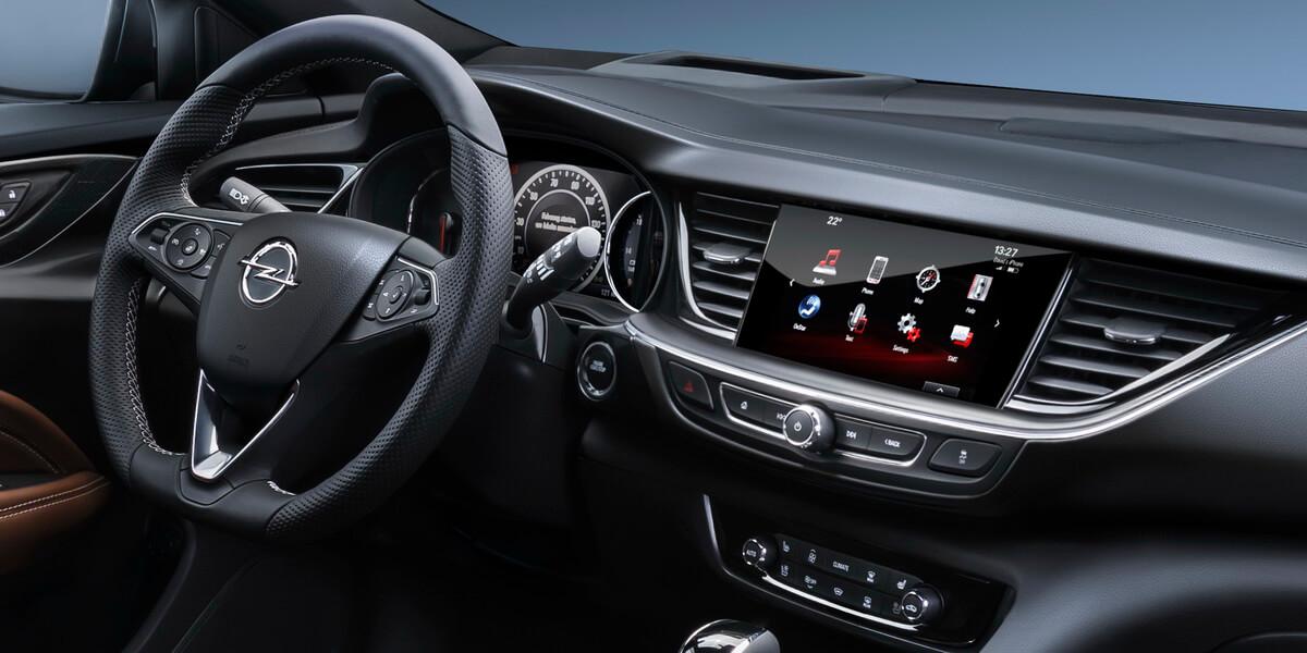 Opel Insignia Grand Sport – Asphalte.ch