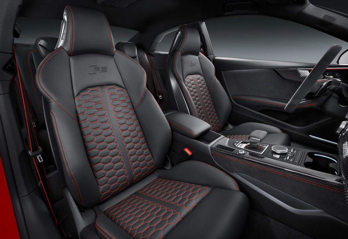 Audi RS 5 Coupé sièges avant