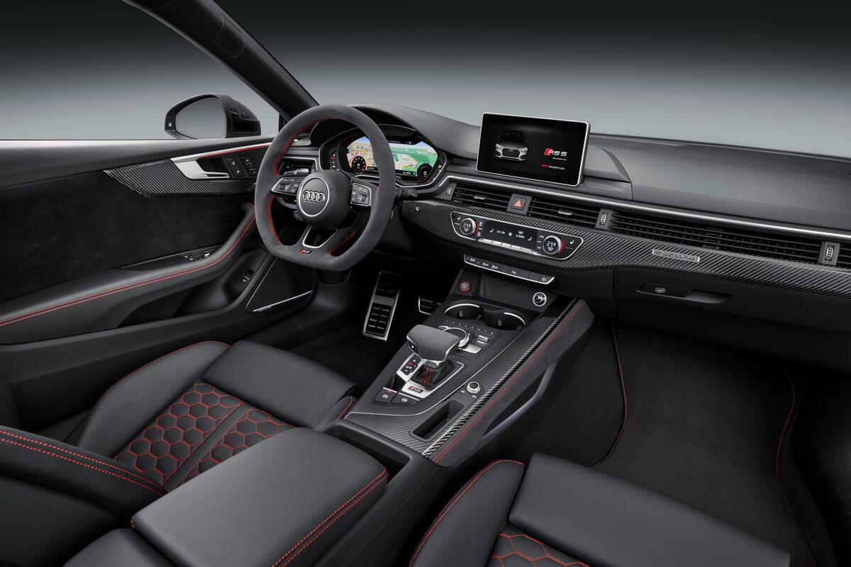 Audi RS 5 Coupé tableau de bord