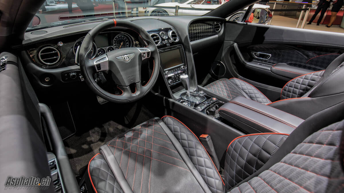 Bentley Continental Supersports Convertible intérieur