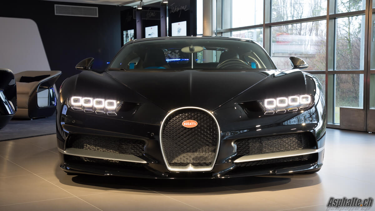 Bugatti Chiron Genève 2017 avant