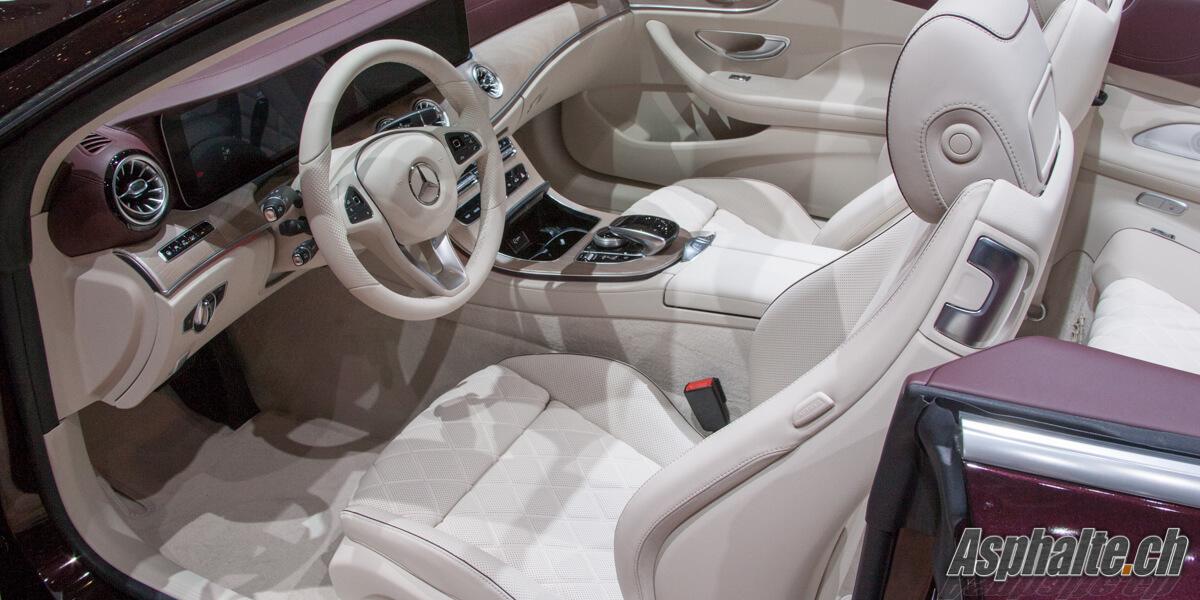 Mercedes Classe E Cabriolet intérieur blanc
