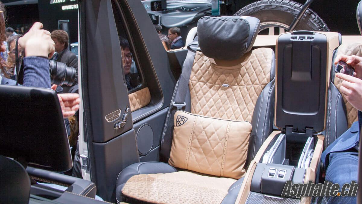 Mercedes Maybach G650 Landaulet intérieur siège arrière