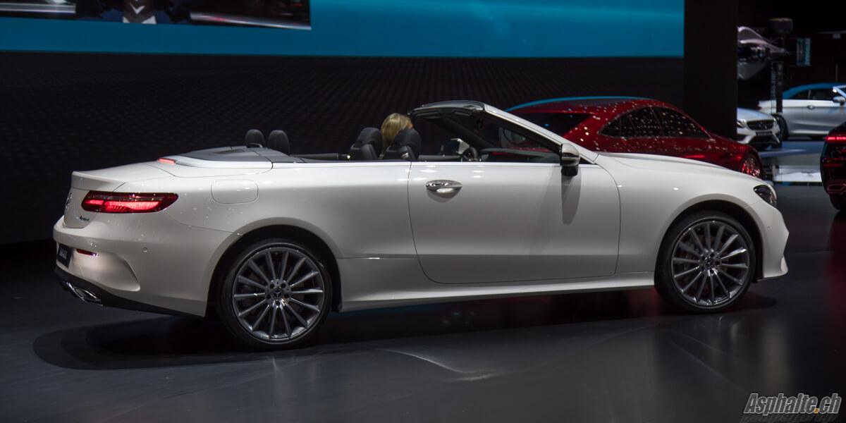 Mercedes-Benz E-Class Cabriolet blanche