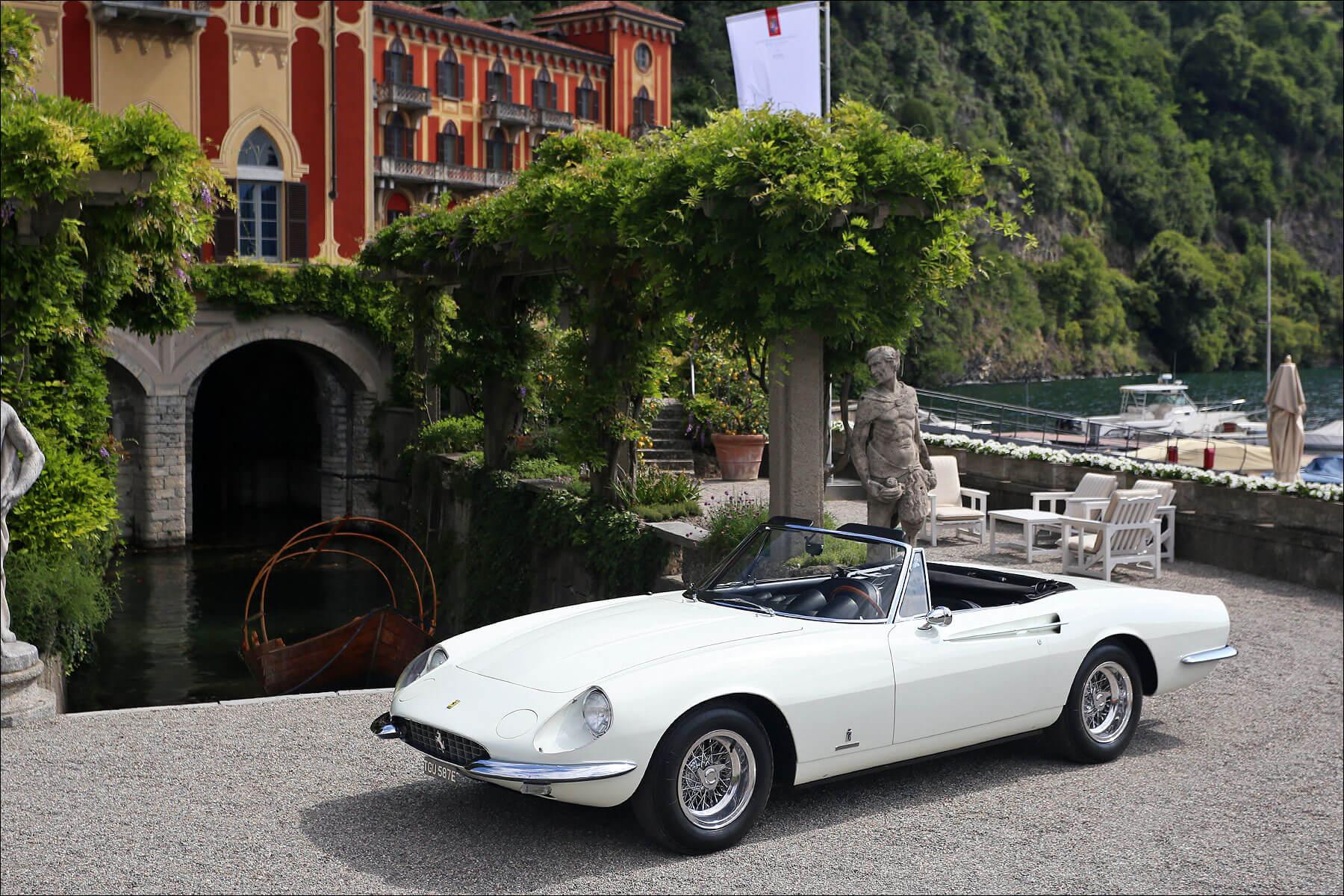 Ferrari 365 California