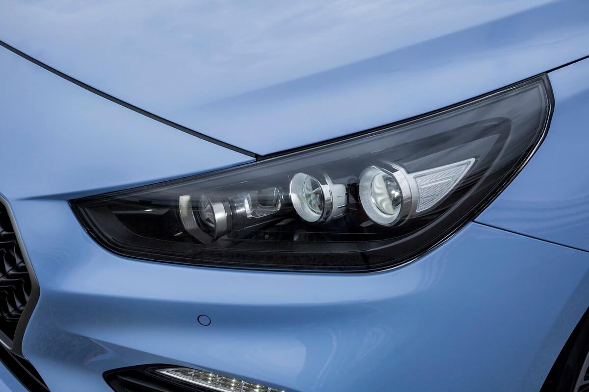 Hyundai i30 N phare avant