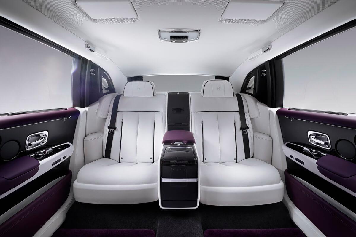 Rolls Royce Phantom VIII intérieur sièges arrière