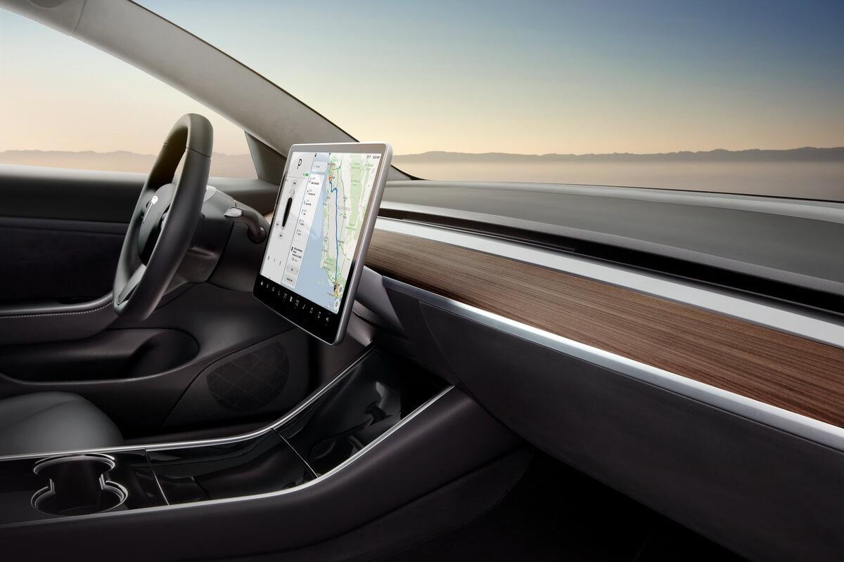Tesla Model 3 tableau de bord