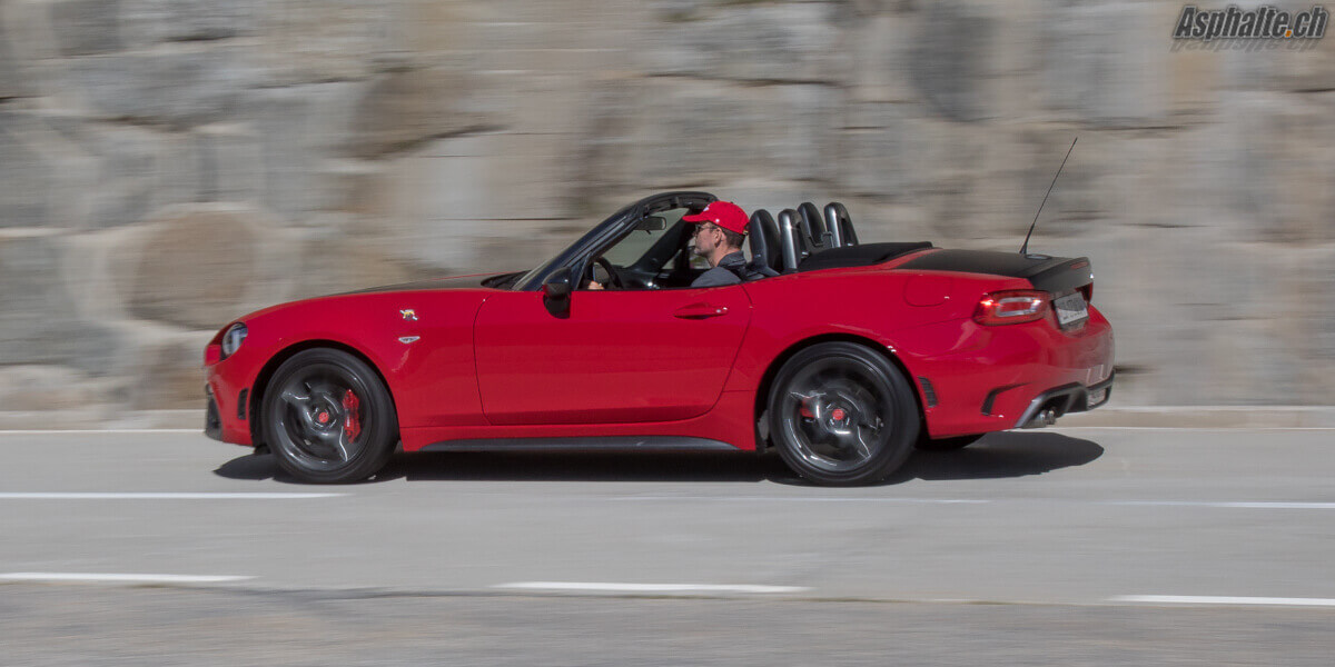 essai abarth 124 spider avantage italie. Black Bedroom Furniture Sets. Home Design Ideas