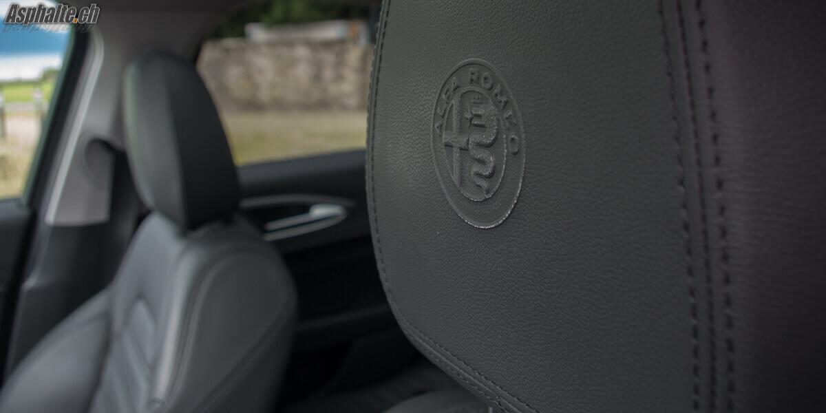 Essai Alfa Romeo Giulia sellerie cuir