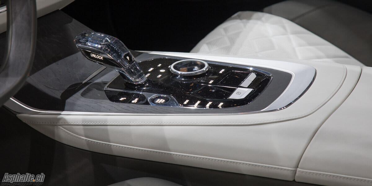 BMW X7 Concept console centrale