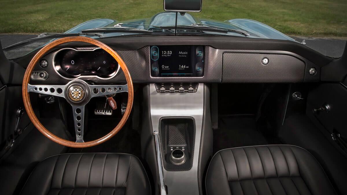 Jaguar E-Type Zero intérieur