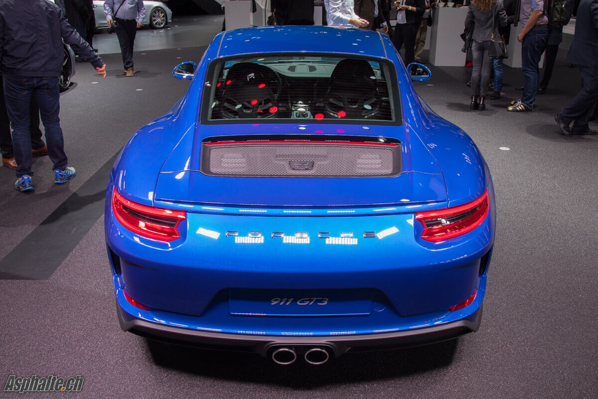 Porsche 991 GT3 with Touring Package