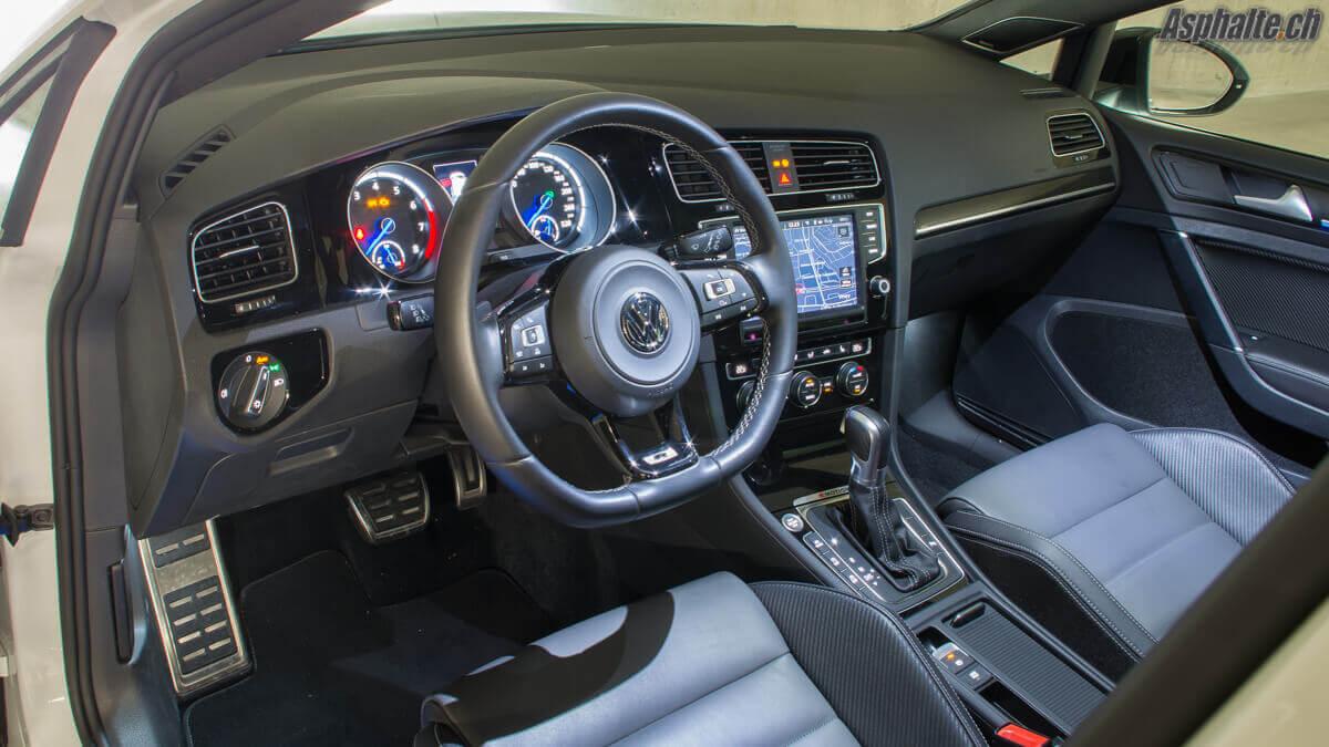 Essai VW Golf R360S intérieur tableau de bord