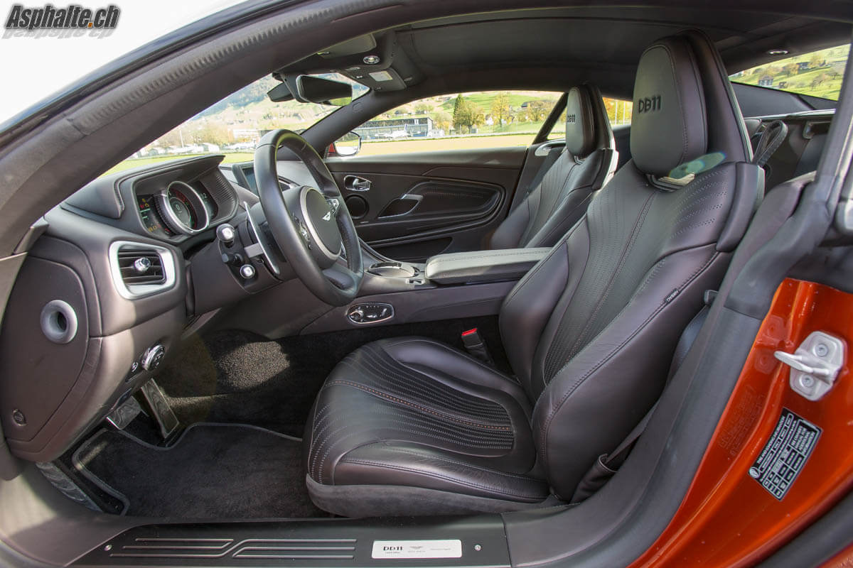Essai Aston Martin DB11 intérieur sièges
