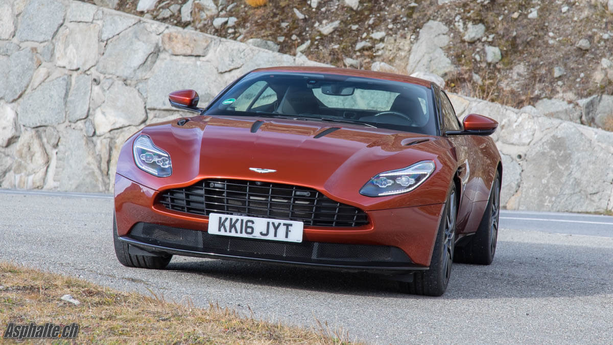 Essai Aston Martin DB11 V12 avant