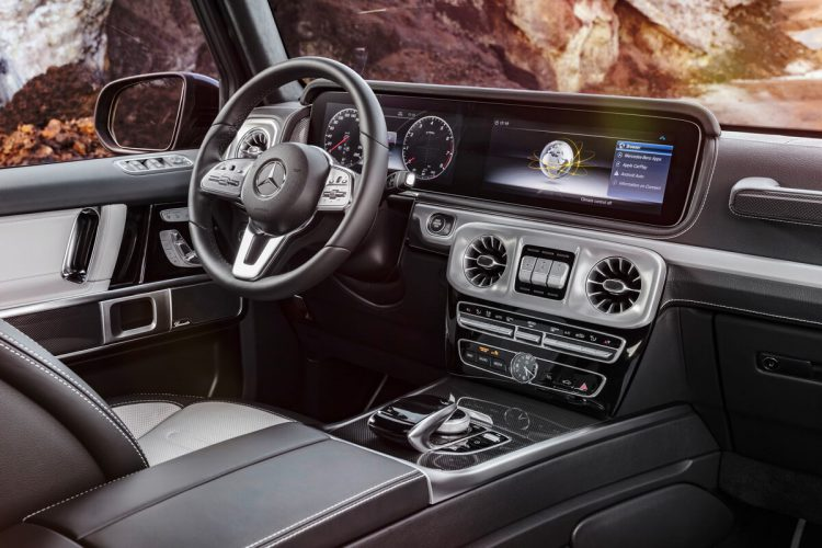 Mercedes Classe G W464 2018 intérieur tableau de bord