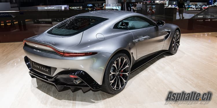 gen ve 2018 aston martin vantage. Black Bedroom Furniture Sets. Home Design Ideas